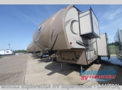 New 2017  Forest River Flagstaff Classic Super Lite 8528IKWS by Forest River from ExploreUSA RV Supercenter - CANTON, TX in Wills Point, TX