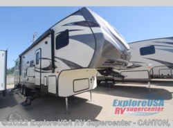 New 2017  CrossRoads Volante 310BH by CrossRoads from ExploreUSA RV Supercenter - CANTON, TX in Wills Point, TX