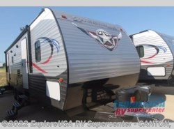 New 2018  CrossRoads Longhorn 291RL by CrossRoads from ExploreUSA RV Supercenter - CANTON, TX in Wills Point, TX