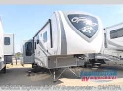 New 2018  Highland Ridge Open Range Roamer RF348RLS by Highland Ridge from ExploreUSA RV Supercenter - CANTON, TX in Wills Point, TX