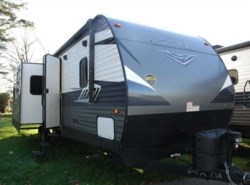 New 2018  CrossRoads Zinger 333DB by CrossRoads from COLUMBUS CAMPER & MARINE CENTER in Columbus, GA