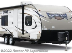 New 2017  Forest River Wildwood X-Lite 254RLXL by Forest River from Hanner RV Supercenter in Baird, TX