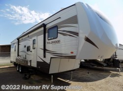 New 2018  Forest River Wildwood 33BHOK by Forest River from Hanner RV Supercenter in Baird, TX