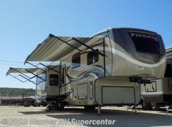 New 2018  Jayco Pinnacle 37RLWS by Jayco from Hanner RV Supercenter in Baird, TX
