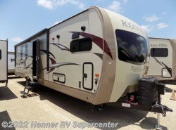 New 2018  Forest River Rockwood Signature Ultra Lite 8335BSS by Forest River from Hanner RV Supercenter in Baird, TX