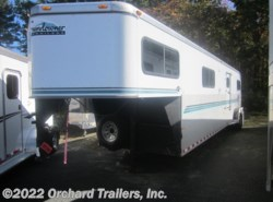 Used 1998  Sundowner  4-Horse by Sundowner from Orchard Trailers, Inc. in Whately, MA