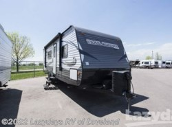 Used 2016  Heartland RV Trail Runner 25SLE by Heartland RV from Lazydays RV in Loveland, CO
