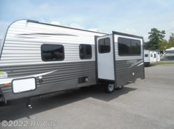 New 2018  Prime Time Avenger ATI 21RBS by Prime Time from RV City in Benton, AR