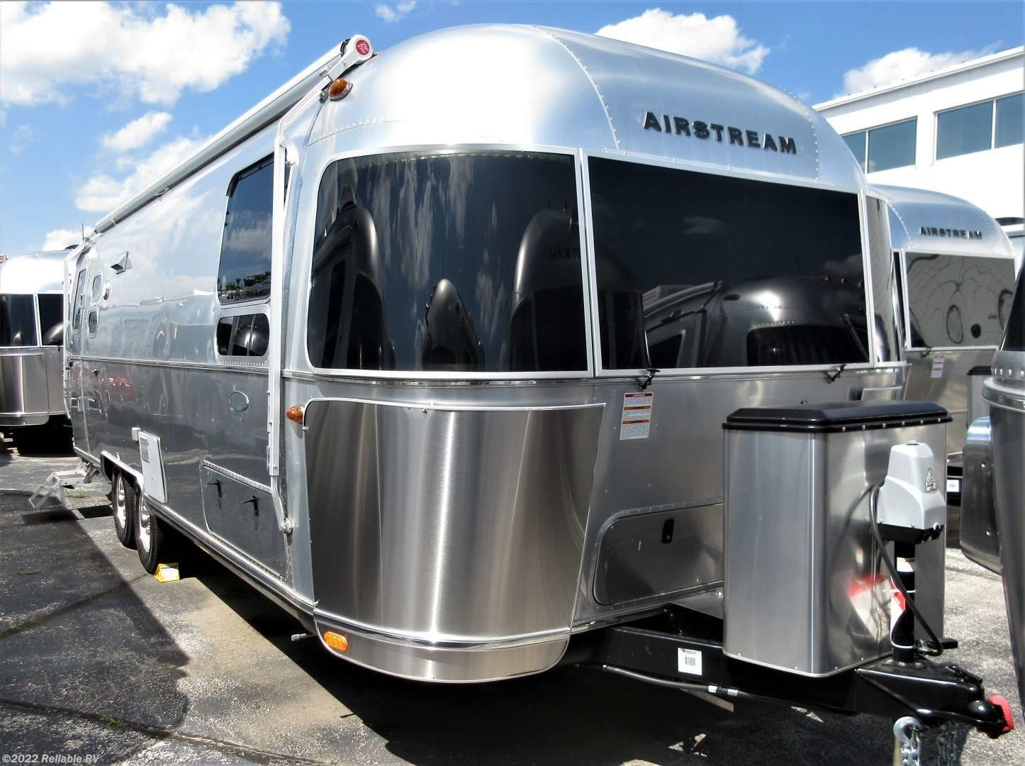 Rvs For Sale In Missouri >> 2019 Airstream Rv Flying Cloud 27fb Twin For Sale In Springfield Mo 65802 R32621