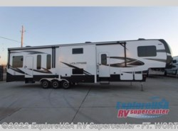 New 2017  Dutchmen Voltage V4005 by Dutchmen from ExploreUSA RV Supercenter - FT. WORTH, TX in Ft. Worth, TX