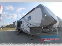 New 2018  Highland Ridge Open Range 3X 375RDS by Highland Ridge from ExploreUSA RV Supercenter - FT. WORTH, TX in Ft. Worth, TX