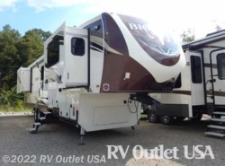 New 2017  Heartland RV Bighorn 3750 FL by Heartland RV from RV Outlet USA in Ringgold, VA