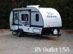 New 2017  Jayco Hummingbird 17RB by Jayco from RV Outlet USA in Ringgold, VA