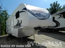 Used 2013  Heartland RV ElkRidge E25 by Heartland RV from RV Outlet USA in Ringgold, VA
