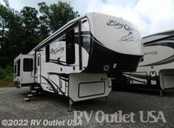 New 2018  Heartland RV Big Country 3650RL by Heartland RV from RV Outlet USA in Ringgold, VA