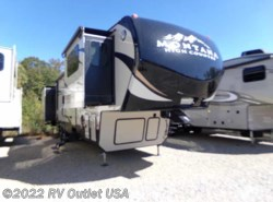 New 2018  Keystone Montana 375FL High Country by Keystone from RV Outlet USA in Ringgold, VA