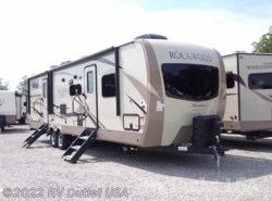 New 2018  Forest River Rockwood Signature Ultra Lite 8312SS by Forest River from RV Outlet USA in Ringgold, VA