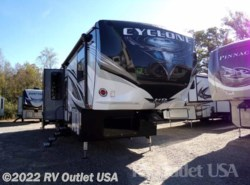 New 2018  Heartland RV Cyclone 4005HD by Heartland RV from RV Outlet USA in Ringgold, VA