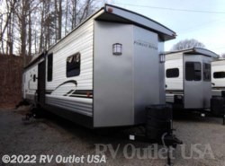 New 2018  Forest River Wildwood 426-2B by Forest River from RV Outlet USA in Ringgold, VA