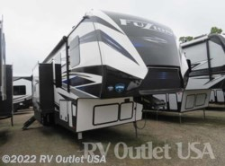 New 2019  Keystone Fuzion 427 by Keystone from RV Outlet USA in Ringgold, VA