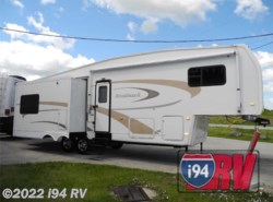 Used 2005 Nu-Wa  32.5UKTG available in Wadsworth, Illinois