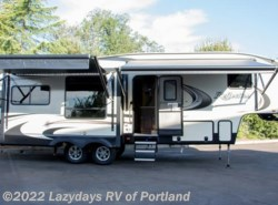 New 2018  Grand Design Reflection 303RLS by Grand Design from B Young RV in Milwaukie, OR