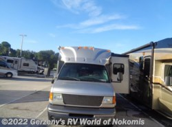 Used 2005  Dynamax Corp  Isata by Dynamax Corp from Gerzeny's RV World of Nokomis in Nokomis, FL