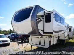 Used 2017  Keystone Montana 3710FL by Keystone from Great Escapes RV Center in Gassville, AR