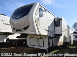 New 2018  Keystone Montana 3921FB by Keystone from Great Escapes RV Center in Gassville, AR