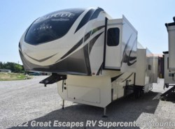 New 2019  Grand Design Solitude 3740BH-R by Grand Design from Great Escapes RV Supercenter in Gassville, AR