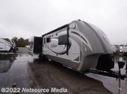 New 2013  Keystone Cougar 321RES by Keystone from RVSalePrices.com in Muskegon, MI