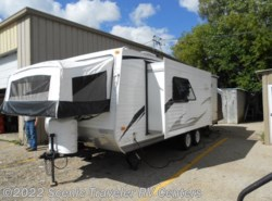Used 2011  Forest River Wildwood X-Lite 23EXL by Forest River from Scenic Traveler RV Centers in Slinger, WI