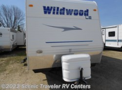 Used 2008  Forest River Wildwood 30BHBS by Forest River from Scenic Traveler RV Centers in Slinger, WI