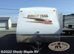 Used 2009  CrossRoads Sunset Trail ST32KS by CrossRoads from Shady Maple RV in East Earl, PA
