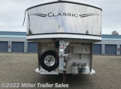 2003 Classic Trailers 3 Horse GN W/10'SW Living Quarters