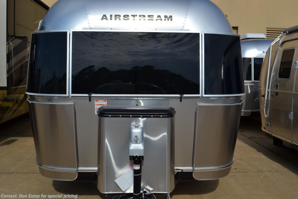 2019 Airstream RV Flying Cloud 25FB QUEEN for Sale in