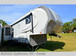 Used 2013  Highland Ridge  Open Range RV 417 RSS by Highland Ridge from Optimum RV in Ocala, FL