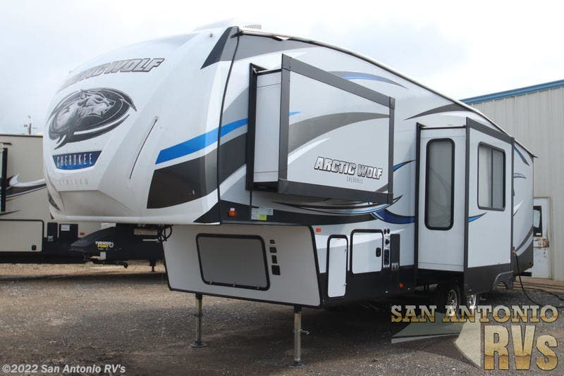 2019 Forest River RV Arctic Wolf 305ML6 for Sale in Seguin, TX 78155 |