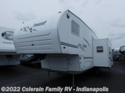Used 2004  Forest River Flagstaff Classic 8528 by Forest River from Colerain RV of Indy in Indianapolis, IN