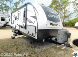 Used 2016  Jayco  WHITEHAWK 32DSBH by Jayco from Palm RV in Fort Myers, FL
