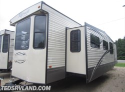 New 2016  Keystone Retreat 39FDEN by Keystone from Ted's RV Land in Paynesville, MN