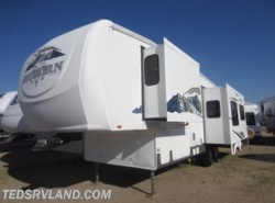 Used 2006  Heartland RV Bighorn 2955RL by Heartland RV from Ted's RV Land in Paynesville, MN