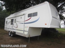 Used 2002  Forest River Cardinal 28WB by Forest River from Ted's RV Land in Paynesville, MN