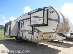 Used 2015  Forest River Rockwood Signature Ultra Lite 8289WS by Forest River from Ted's RV Land in Paynesville, MN