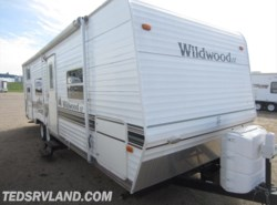 Used 2005  Forest River Wildwood 28BH by Forest River from Ted's RV Land in Paynesville, MN