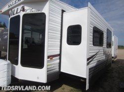 Used 2014  Forest River Salem Villa 353FLFB by Forest River from Ted's RV Land in Paynesville, MN