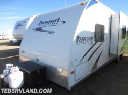 Used 2010  Keystone Passport Ultra Lite 280BH by Keystone from Ted's RV Land in Paynesville, MN