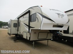 New 2019  Keystone Hideout 303RLI by Keystone from Ted's RV Land in Paynesville, MN