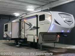 New 2017  Coachmen Chaparral X-Lite 31RLS by Coachmen from TerryTown RV Superstore in Grand Rapids, MI