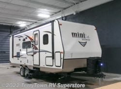 New 2017  Forest River Rockwood Mini Lite 2504S by Forest River from TerryTown RV Superstore in Grand Rapids, MI